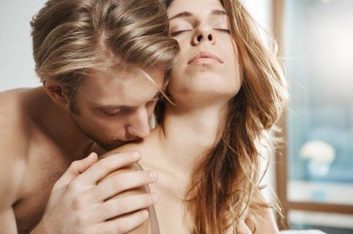 Nenustojate seksualiai fantazuoti? Priežastys, kodėl moterims norisi daugiau sekso negu vyrams