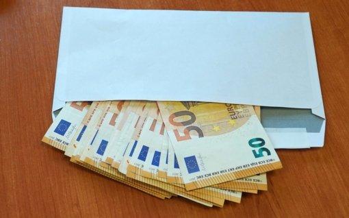Užsieniečius statybos darbams samdžiusios įmonės galbūt nesumokėjo 400 tūkstančių eurų