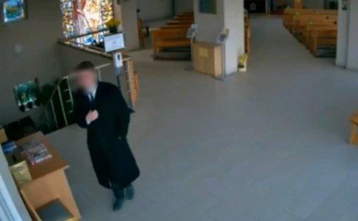 Nuteistas Vilniaus ir Utenos bažnyčių aukų dėžutes tuštinęs vagis (vaizdo įrašas)