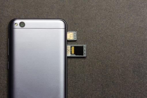 """""""Xiaomi"""" atmeta NKSC atlikto tyrimo išvadą dėl telefonų saugumo"""