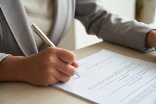Seimas imasi pataisų dėl notarų skaičiaus