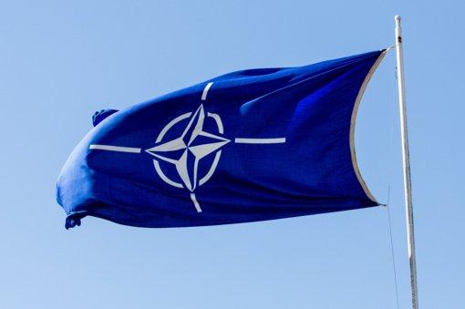 NATO iš 8 Rusijos misijos prie Aljanso narių atėmė akreditaciją, pavadinusi juos šnipais