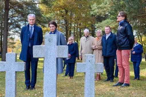 Prezidentas siūlo Macikuose kurti istorinės atminties centrą