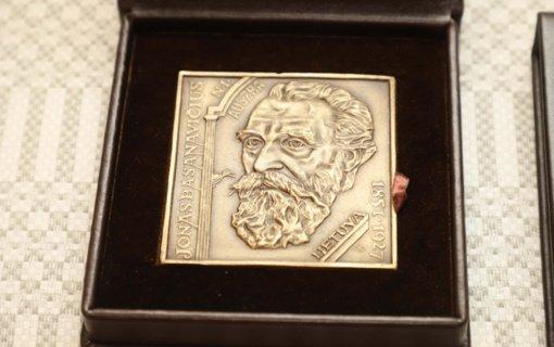 Pasiūlyti pretendentai į Nacionalinę J. Basanavičiaus premiją