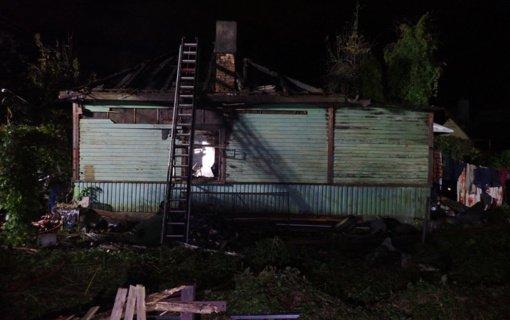 Kaune per gaisrą apleistame name žuvo du žmonės