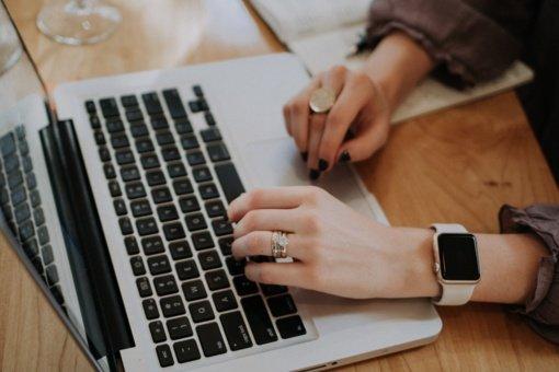 """""""Litexpo"""" antrą kartą įspėti dėl komentarų moterims atrankų į darbą metu"""