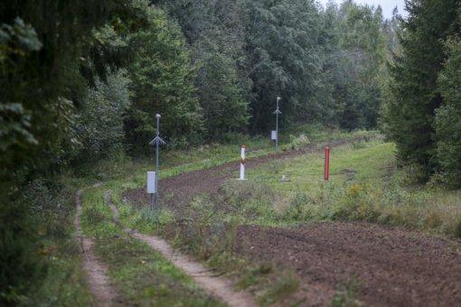 Praėjusią parą pasieniečiai draudžiamose vietose iš Baltarusijos neleido įeiti 79 migrantams