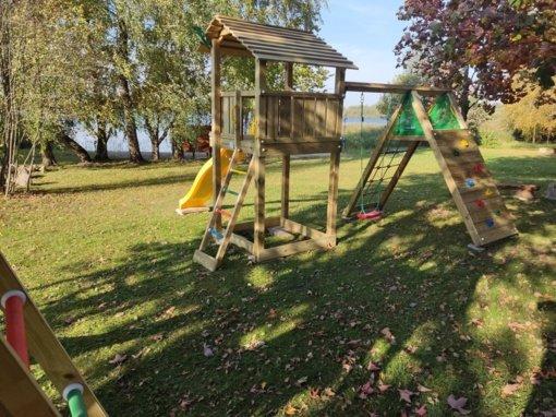Gudelių miestelyje – nauja vaikų žaidimų erdvė