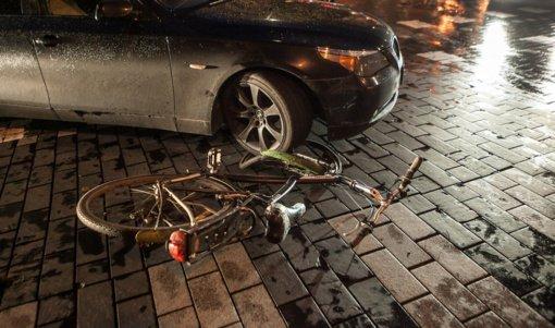Per savaitę eismo nelaimėse žuvo penki žmonės – trys pėstieji ir du vairuotojai