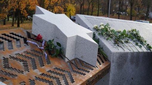 Pasaulio tautų teisuolių skvere įprasmintas žydų gelbėtojų atminimas