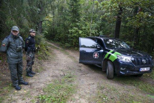 Į Lietuvą iš Baltarusijos plūstelėjo nelegalių migrantų: užkirstas kelias patekti 183 asmenims