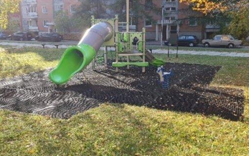 Pradeda veikti naujos vaikų žaidimų aikštelės