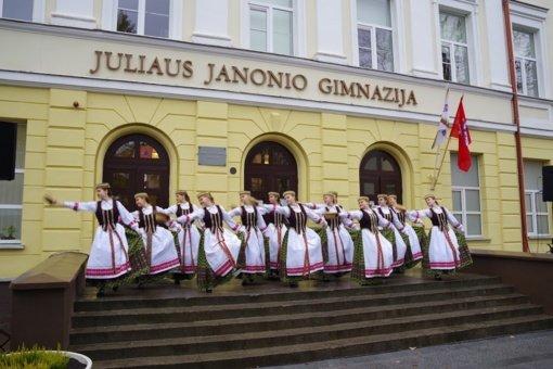 Juliaus Janonio gimnazijos 170-ojo gimtadienio proga suskambo naujas varpas