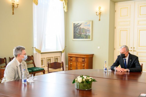 Su prezidentu susitikusi LGBT vaiko mama: supratau, kad jis nėra tik šalies vadovas, jis yra ir žmogus