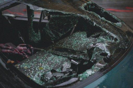 Per avariją Telšių rajone žuvo vairuotojas, sužeista keleivė