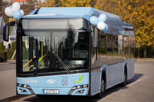 Jonavoje keleivius veš elektrinis autobusas