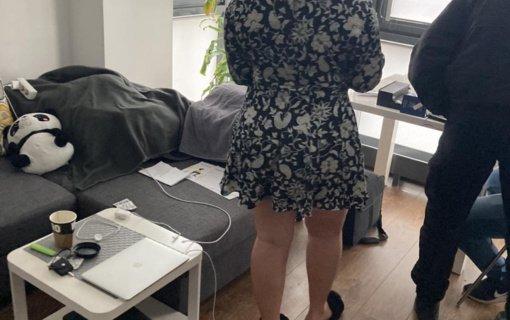Sostinės pareigūnams įkliuvo prostitucija besiverčianti jauna moteris