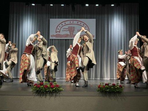 Šiaulių šokėjai triumfavo liaudiškų šokių konkurse