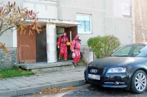 Gelbėtojams teko rinkti gyvsidabrį COVID-19 sergančių kėdainiečių bute