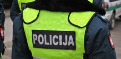 Pakruojo rajone vyras pasiūlė kyšį policijos pareigūnui