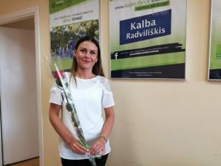 Už namo prižiūrėtojos rūpestį gyventojai atsidėkojo gėlėmis