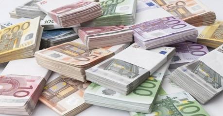 Dėl kontrabandos milijonus prarandanti Lietuva pati investuoti į sienų apsaugą neskuba