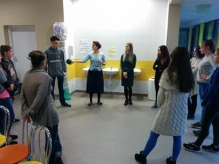 """Trakų rajono jaunimas dalyvavo savanorių rengimo mokymuose """"Nuspalvinkim gyvenimą kartu"""""""