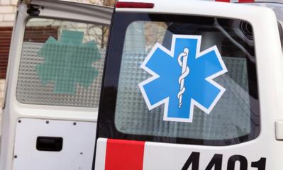 Kaune susidūrė du automobiliai, vyras išvežtas į ligoninę