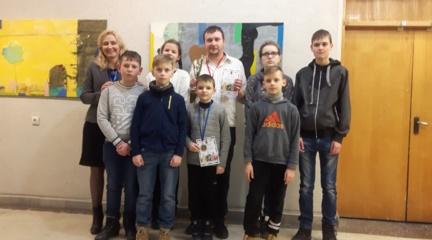 Plungiškiams Sigitui Kalvaičiui tarptautinio turnyro auksas, o jaunajam Karoliui Kapickiui – sidabras!