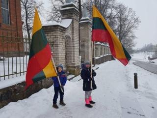 """Akcija """"Padovanok vėliavą"""""""
