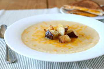 Kreminė žiedinių kopūstų sriuba– geras pavasario startas