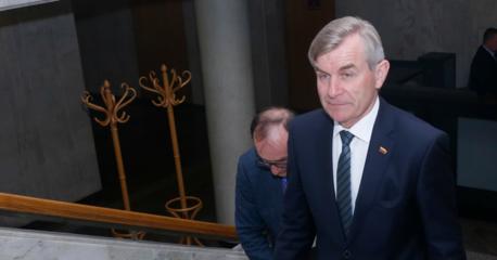 Seimo Pirmininkas buvo teisus: nepasitikėjimas Seimu pastarąjį mėnesį augo