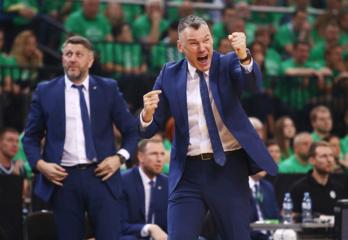 """Žaliai nusidažiusi Žalgirio arena ūžia: Kauno """"Žalgiris"""" išplėšė pergalę (spaudos konferencijos įrašas)"""