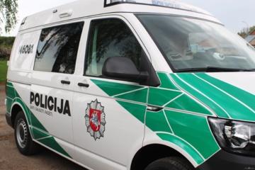 Į Jurbarko gatves išvažiavo du nauji policijos automobiliai