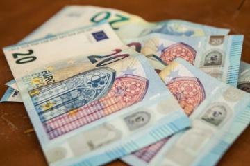 VRK pirmininkė siūlo didinti finansavimą visuomeniniams rinkimų komisijos nariams