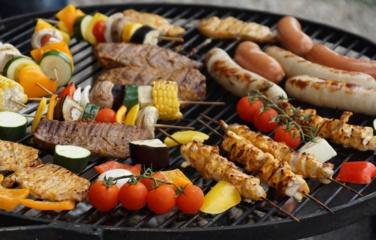 Maisto ekspertė griauna mitus apie mėsos marinavimą