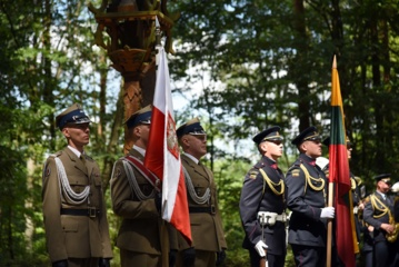 Lenkijoje paminėtos S. Dariaus ir S. Girėno skrydžio per Atlantą 85-osios metinės