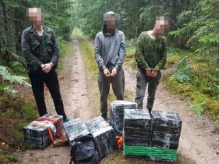 Trys kontrabandininkai įkliuvo su 3 tūkst. pakelių rūkalų