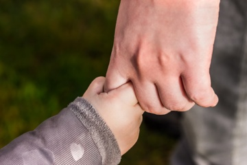 Sunkią negalią turinčius vaikus auginančios šeimos gali susilaukti pagalbos