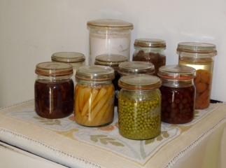 Lietuvių konservavimo įpročiai keičiasi: vietoj uogienių gamybos renkasi uogų šaldymą