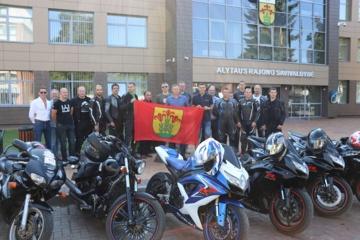 """Į kelią išlydėti """"Mototourism Rally"""" dalyviai"""