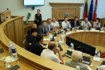 Nepatvirtintas miesto biudžetas balsavimui grįžta į 50-ąjį tarybos posėdį