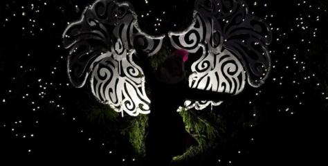 """""""Dėvėtus"""" sparnus Rotušės aikštėje pakeis naujais"""