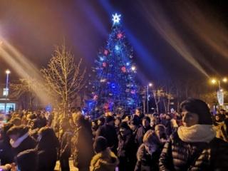 Kalėdų spindesys jau ir Skuodo mieste (nuotraukų galerija)