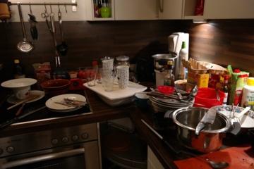 Pošventinis tvarkymasis: kaip išvalyti namus mažiau nei per valandą?