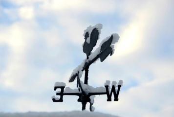 Orai: būkite atsargūs – šalį talžys vėjas
