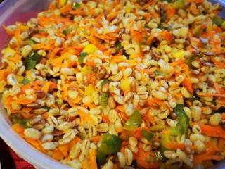 Perlinių kruopų salotos sušildo pilvą ir suteikia energijos