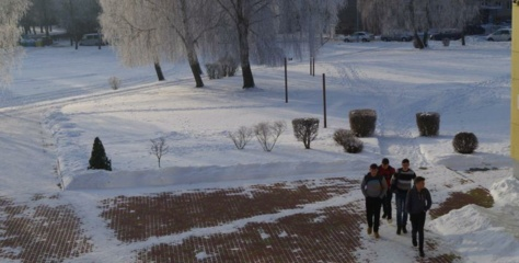 Po karantino į klases kol kas negrįžo tik Šv. Benedikto ir Vidzgirio mokyklų mokiniai