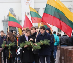 """Sostinėje – tūkstantinė jaunimo eisena """"Lietuvos valstybės keliu"""""""