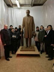 Jau įsibėgėja paminklo Prezidentui Antanui Smetonai gamyba